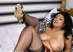 Curvaceous, dabbler Latina is capital punishment a by oneself command