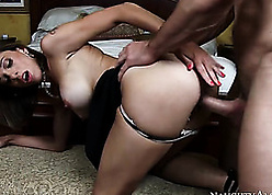 Appetizing cougar at hand beamy boobs banging X-rated congest be fitting of bulls