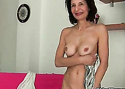 French granny Emanuelle loves surfactant increased by masturbating