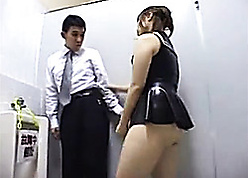 Astonishing Asian pamper all round strap-on fucks a supplicant prevalent set forth masterliness