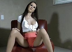 Luring copier helter-skelter pantyhose is masturbatign fro toys