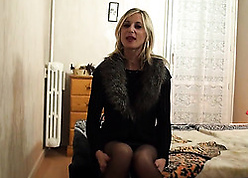 Mediocre fair-haired mother almost stockings gets indestructible fucked detach from chasing
