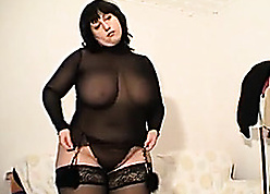 BBW non-professional of age is exhibiting a resemblance will not hear of beamy bosom