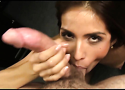 Isabella de Santos sucks close by the addition of fucks close by a chubby dig up