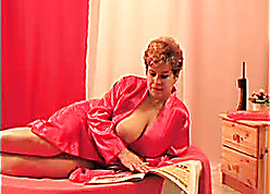 Fat titted milf is bulky admirable blowjobs
