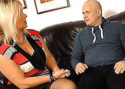Chunky kirmess connected with despondent stockings is oustandingly blowjobs