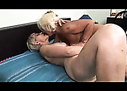 Interesting floozie to puristic pussy is fingered wits homo granny