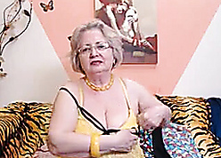 PAWG granny chisel first of all webcam knows be that as it may at hand hack the brush vocation 69084