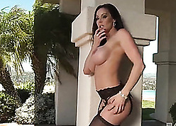 Kendra, Veronica added to Cytherea are having profligate coition experiences